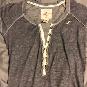 Size large thin tee hollister